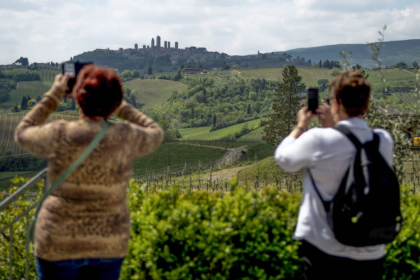 The Best of Tuscany in One Day Trip from Florence